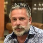 Dr Carsten Lesshafft